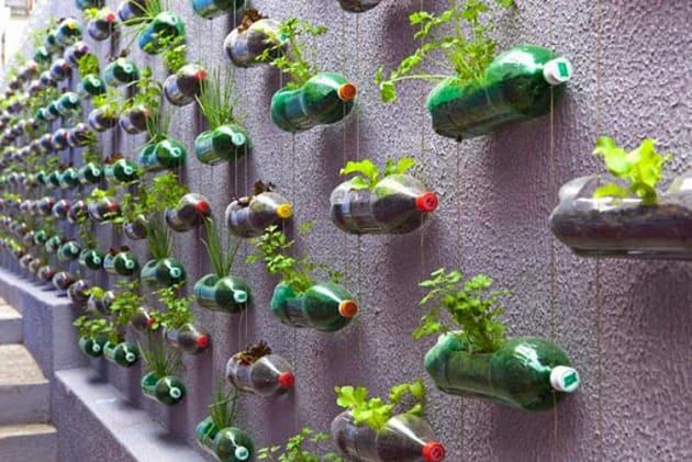 Kerajinan Tangan Dari Botol Bekas Berbentuk Pot Bunga